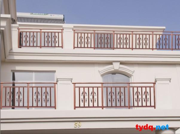 销售为一体的现代化企业,其主要产品包括 铁艺护栏 ,不锈钢,门窗,阳台