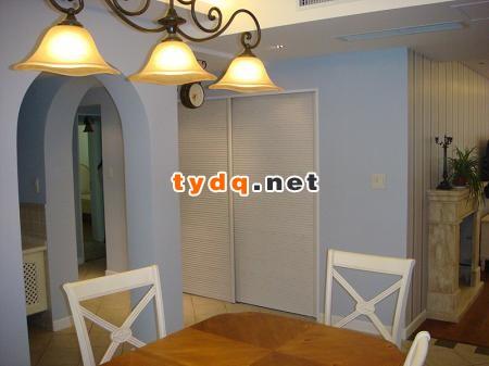 客厅隔断效果图:厨房灯,铁制灯,很有质感.-铁艺屏风混搭配 合理