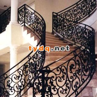铁艺楼梯扶手安装要经过的几个步骤
