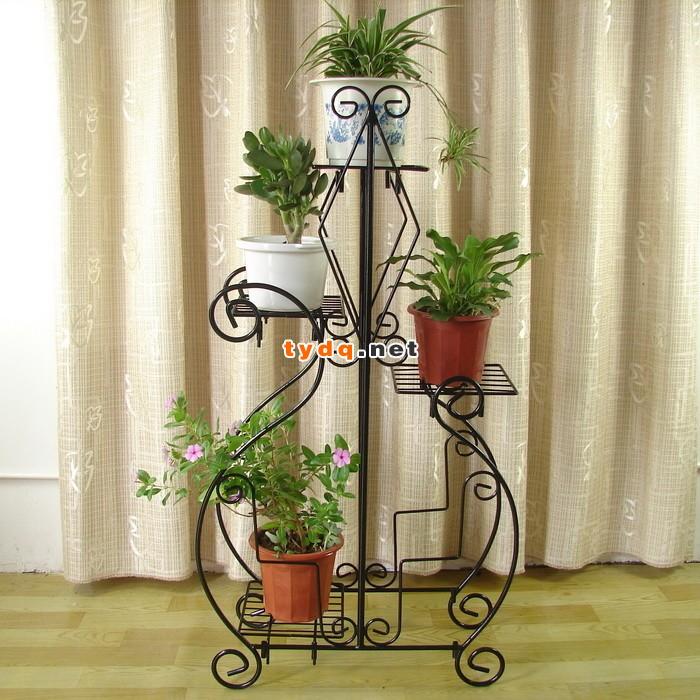 室内装饰中调味品:铁艺花架