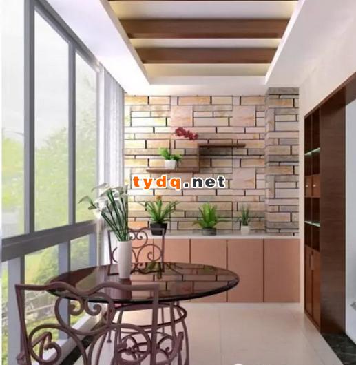 房子装修,是先封阳台还是先贴瓷砖?