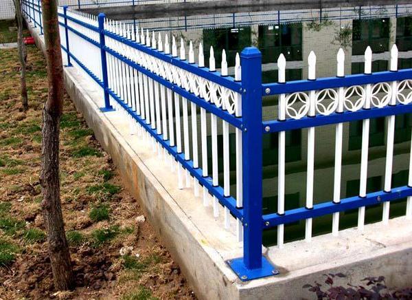 小区围墙护栏生产厂家