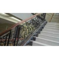 常州铁艺楼梯扶手定做【常州铁艺铝艺门窗护栏加工厂家】